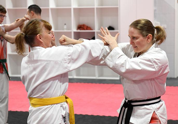 womens self defence karate